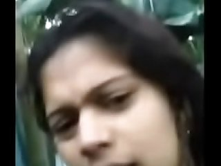 Cute desi girl selfshot nude video after bath Part 1
